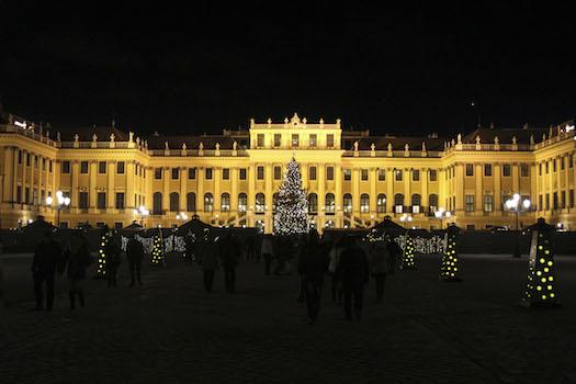 Zipser_Weihnachtsmarkt_Schoenbrunn1