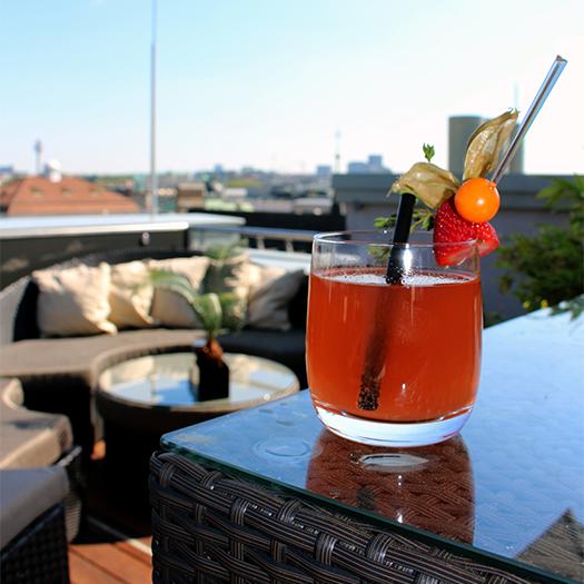 Drink auf der Dachterrasse des Ritz Carlton
